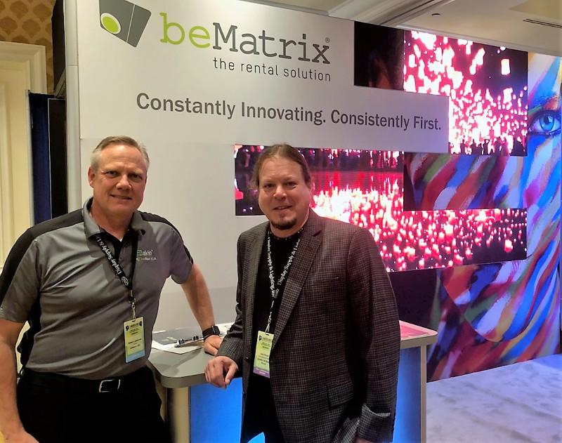 Robert Laarhoven of beMatrix (left); and John Pavek of <a href='/magazine'>EXHIBITOR magazine</a>